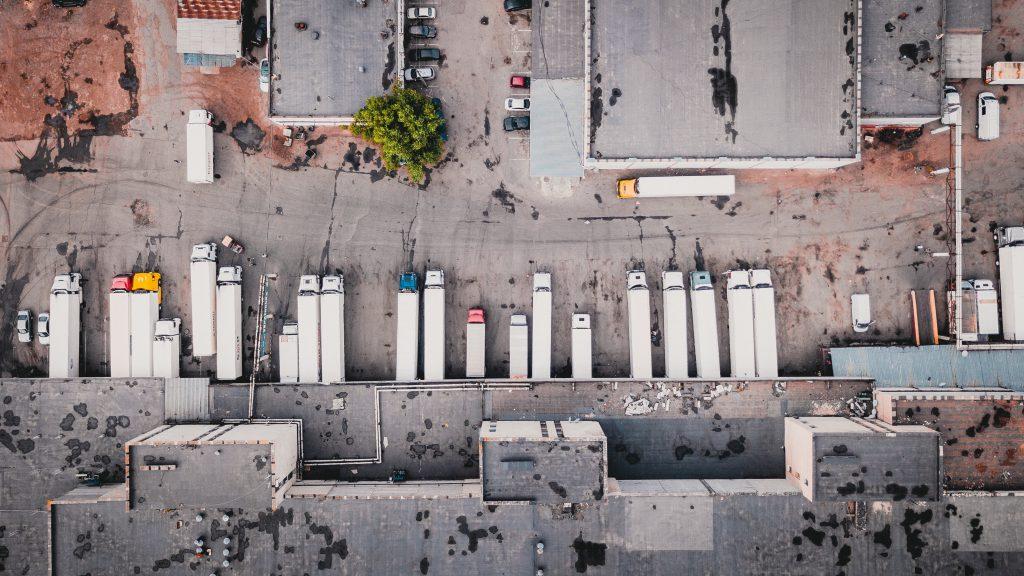 trucks-warehouse